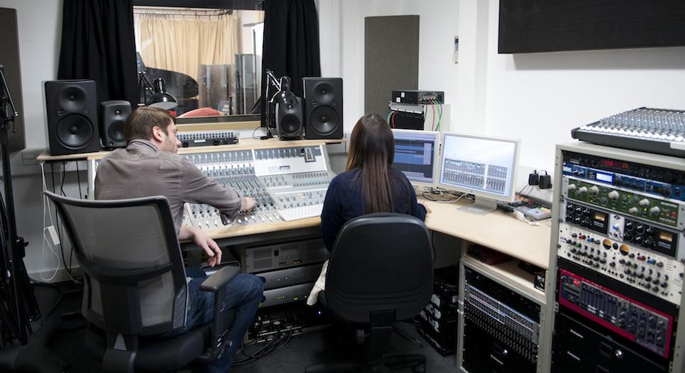 Sound Studio1_carousel