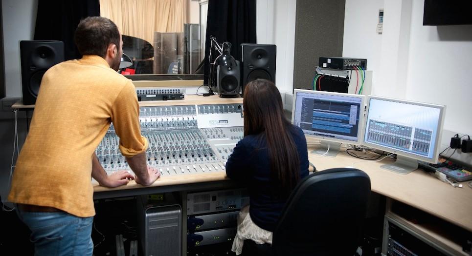 MPA_Music Recording Studio2_carousel