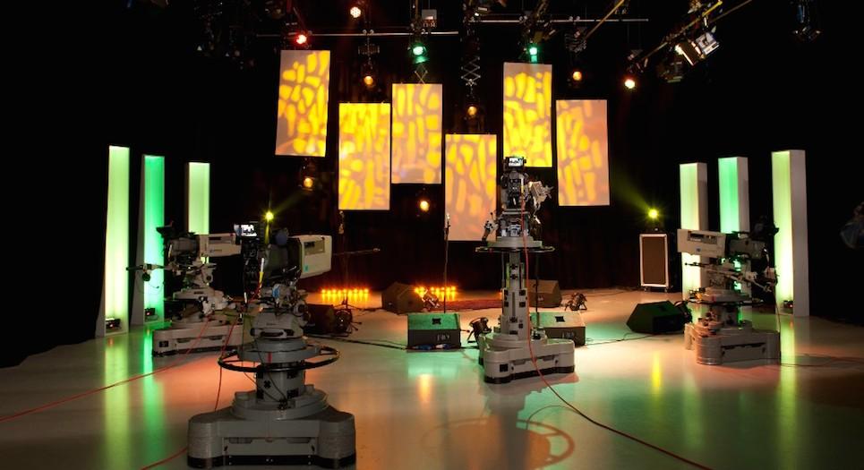TV Studio4_carousel