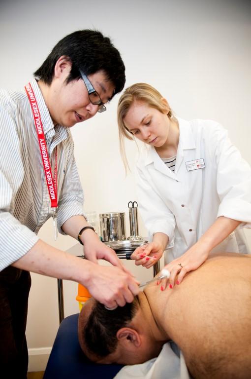 6Middx_Uni_Park_Clinic_Acupuncture_RB_14_5.jpg
