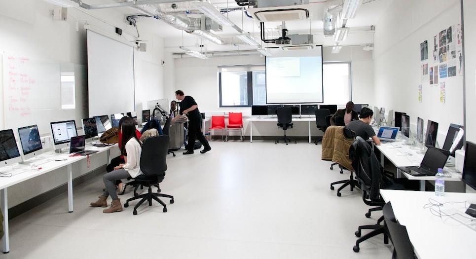 MPA_Digital Publishing Lab2_carousel