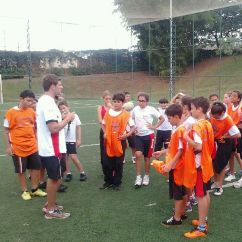 Children taking part in a Try Rugby Brazil lesson