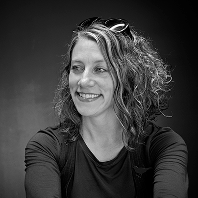 Dr Josephine Machon