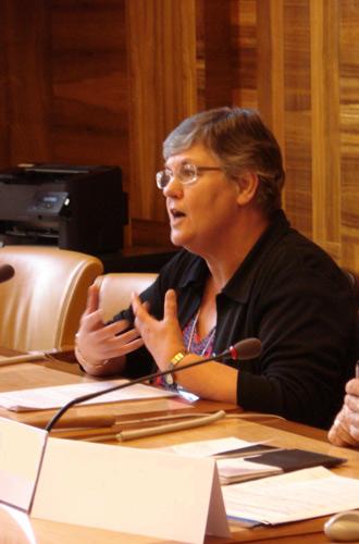 Dr Erica Howard