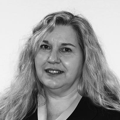 Dr Lynette Morris