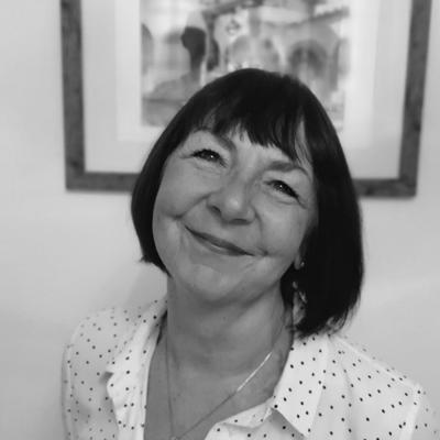 Dr Sheila Cunningham