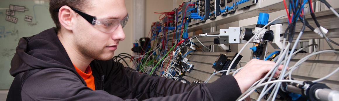 BEng/MEng Mechatronics Degree | Middlesex University London