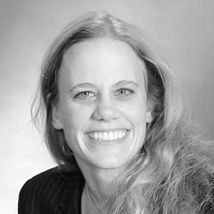 Dr Alexandra Kolb