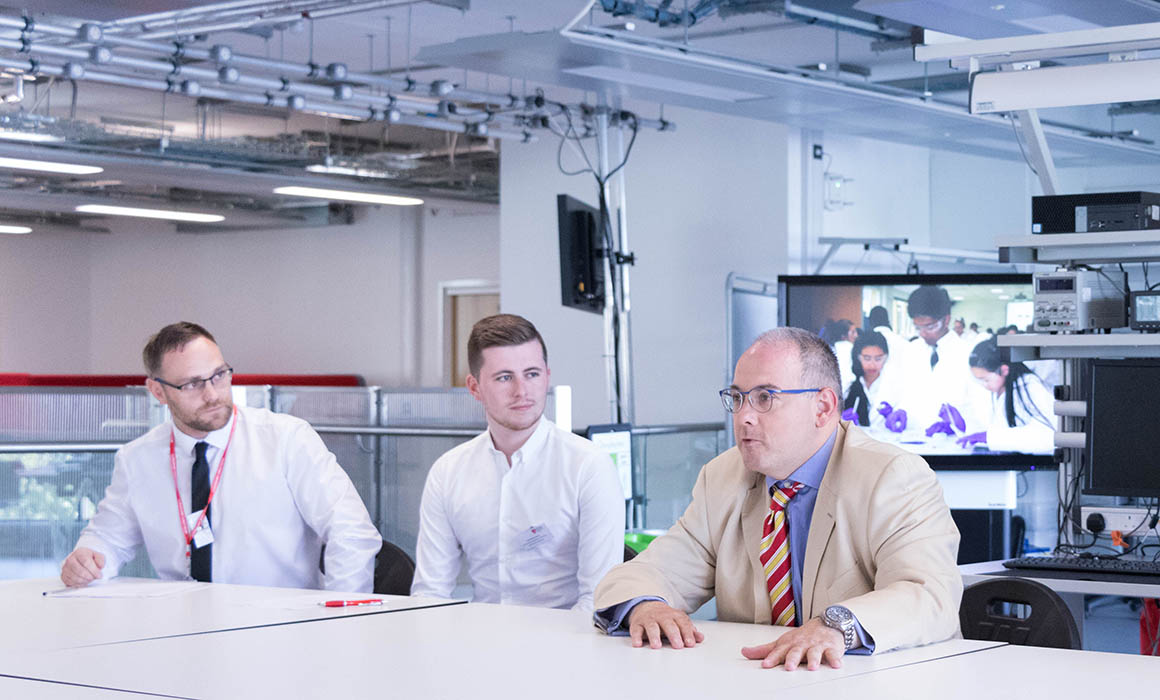 MP Robert Halfon talking to degree apprenticeship students at Middlesex University