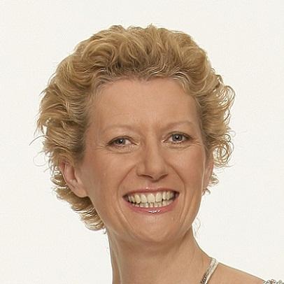 Dr Anne Elliott