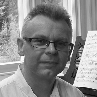 Dr Peter Fribbins