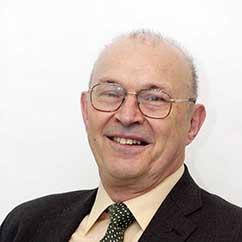 Dr Bruce Thompson
