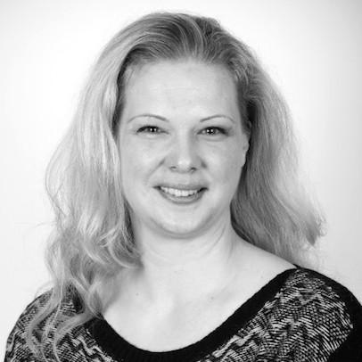 Miss Astrid Bernkopf