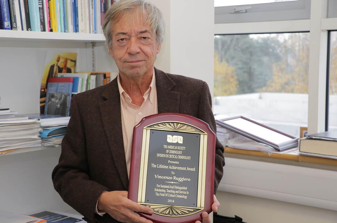 Prof Ruggiero with his Lifetime Achievement Award