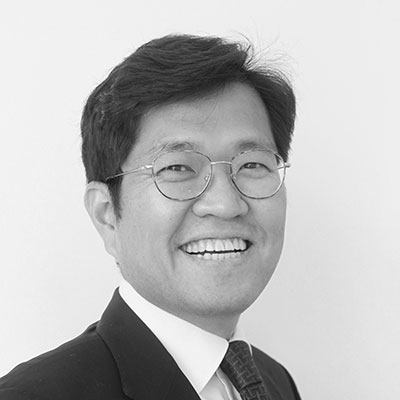 Dr Thai Young Kim