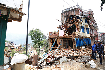 Collapsed buildings in earthquake-hit Chautara, Nepal - DFID_body.jpg