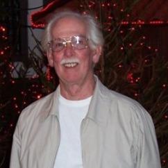 Robert Crozier, Scholarship donor