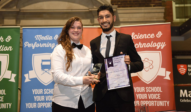 Shazad Ali with his award