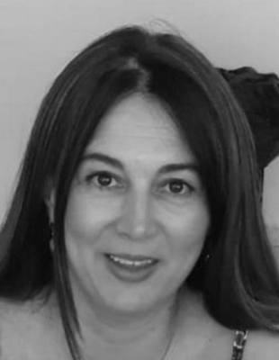 Dr Maria Jerez Jerez