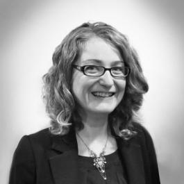 Dr Nadia Bernaz